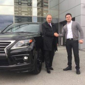 Выдача нового Lexus LX постоянному клиенту!